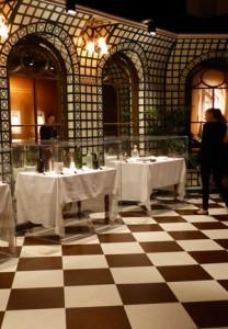 verandah-cafe-titanicexposition-les-zebres